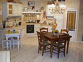 Cucina 185 - © L'ARTIGIANO arredamenti - All Rights Reserved