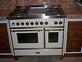 Cucina 410 - © L'ARTIGIANO arredamenti - All Rights Reserved
